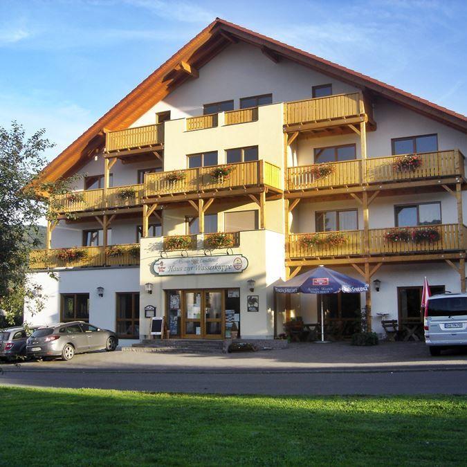 rhoentravel_hotel_haus_zur_wasserkuppe_hausanischt