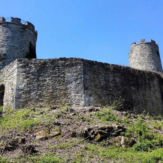 Ruine Ebersburg Rhoentravel